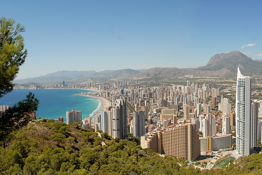 Benidorm in Urbano Blanco Luxe apartments