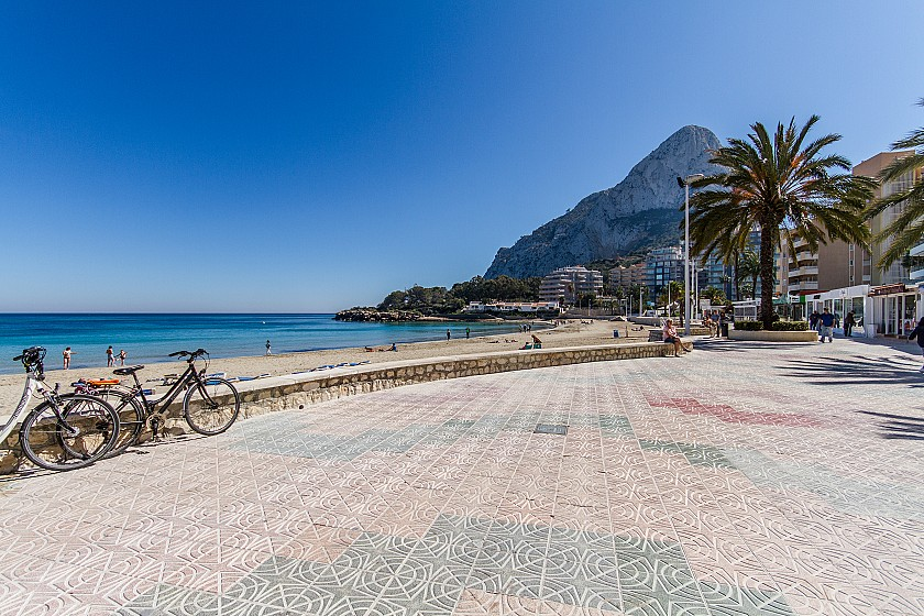 Calpe, Playa Arenal-Bol in Urbano Blanco Luxe apartments
